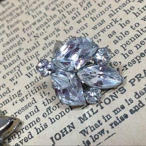 Vintage Jewelry - Vintage Rhinestone Clip on Earrings